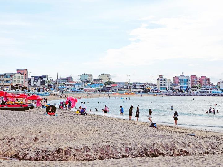 Iho Tewoo Beach(Jeju)